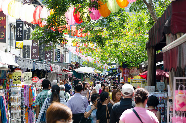 things to do in singapore - china town singapore
