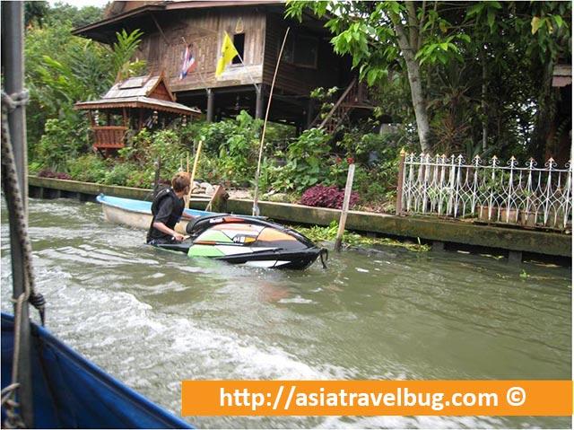 Jet Ski in Thonburi Canals