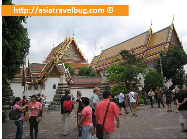 Outside Grounds of Wat Pho Temple