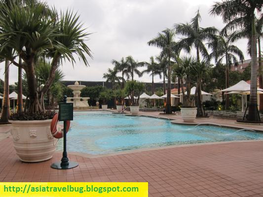Swimming pool at the Venetian Hotel