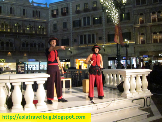 Free Venetian show