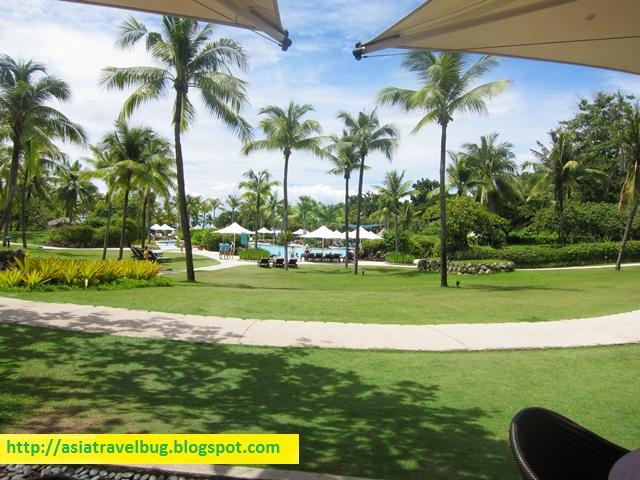 Shangri-la Mactan Resort grounds