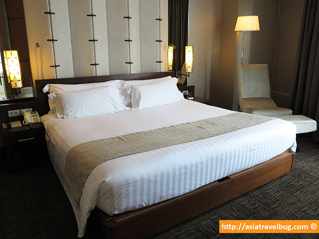 Heavenly Bed | Executive Suite | Centara Grand at Central World