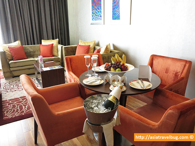 Dining Area for Four | Executive Suite | Centara Grand at Central World Hotel