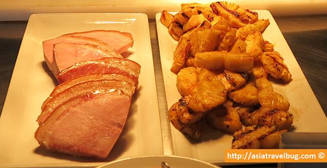 Glazed Ham with Pineapples