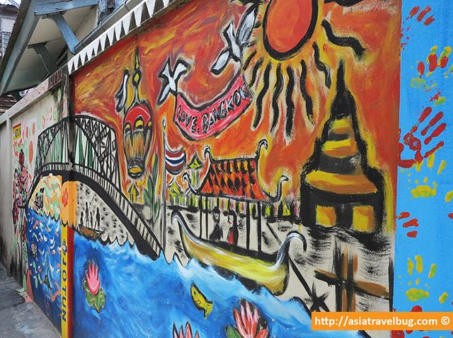 Wall Art Along the Back Streets of Thonburi