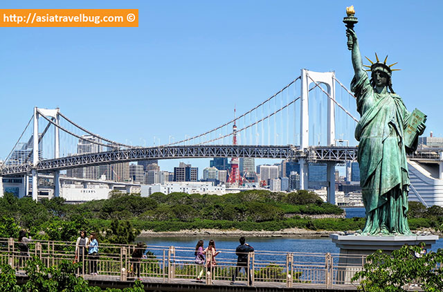 odaiba statue of liberty where to stay in tokyo