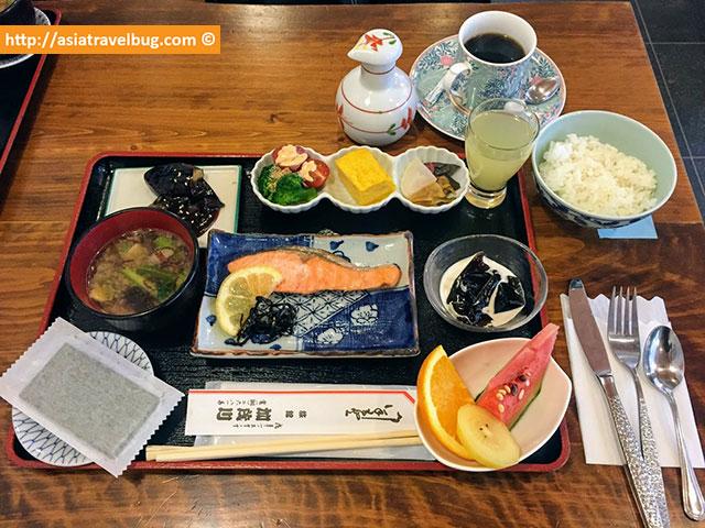 ryokan kamogawa asakusa tokyo japanese breakfast